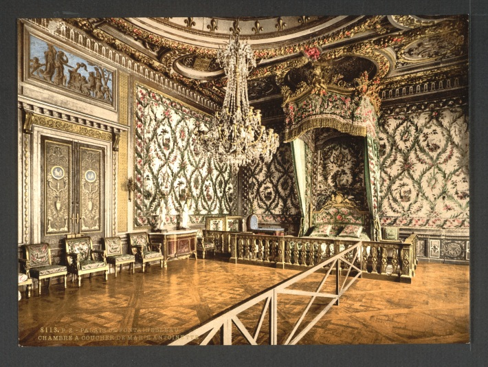 "Bedroom of Marie Antoinette in the Fontainebleau Palace. As Kant translator Wener Pluhar notes, ""designs à la grecque"" referred to the neoclassical style of decoration fashionable during the reign of Louis XVI. Marie Anroinette's bedroom offers an example of this style in decor. Note the posh wallpaper."